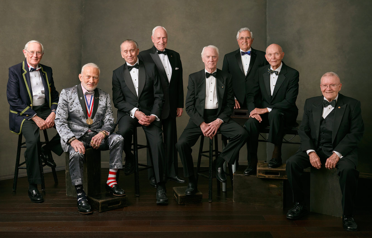 Eight surviving astronauts of the Apollo missions – Duke, Aldrin, Cunningham, Worden, Schweickart, Schmitt, Collins, and Haise. Credit: Felix Kunze/The Explorers Club